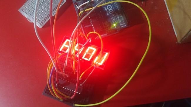 Výukový shield pro Arduino, díl první